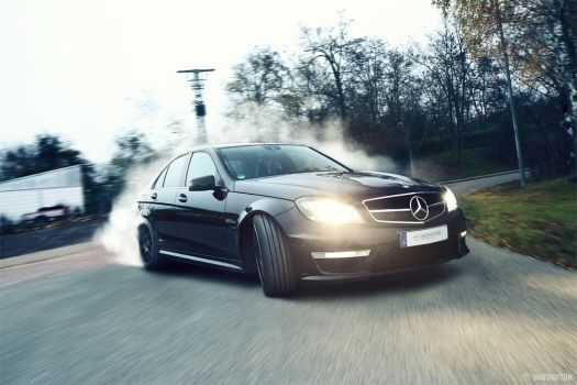 Mercedes-Benz C63 AMG - 2 by mystic-darkness