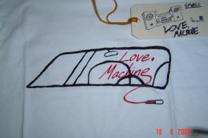 Windshield shirt close-up by Lovecommamachine