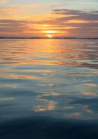 Sunset reflection 2 by YunaHeileen