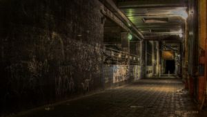 Dodgy Alley by lordlucan