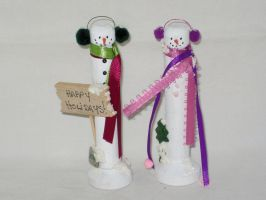 Peg Snowman Couple by IHAVE77ISSUES