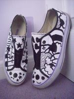 custom shoes by teddycupcakes