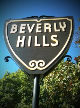 Beverly Hills sign by naranch