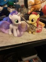 SweetieBelle And Applebloom stole my keyblade by lupie1324