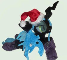 Merry Chrysalismas! by FeatherStitched