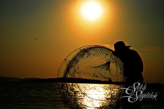 fishermans silhouette2 by salihsagdilek
