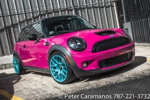 Pink Mini Cooper by Caramanos2000