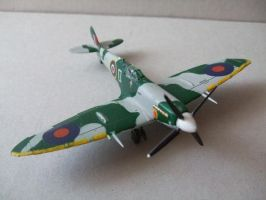 Spitfire plastic model by the4ce