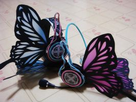 MAGNET Headphones by sakana