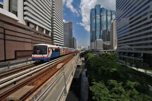 Skytrain in Bangkok by David-Will