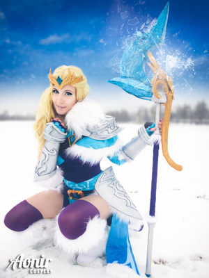 Selfmade Crystal Maiden Cosplay (Dota 2) by Ao-nir