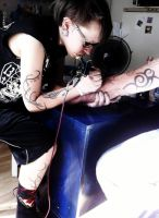Making the tattoo by Renroth