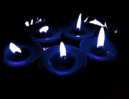 Candles: :blue by Ilharess