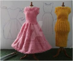 1:12th scale knitted dresses c. 1950s by buttercupminiatures