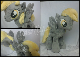 MLP:FiM - Derpy Hooves plushie by Rasaliina