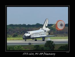 STS-124 Landing by OpticaLLightspeed