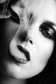 smoke II .. by MoniqueDeCaro