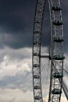 London Eye by drclaw27