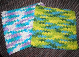 Sedge Stitch Dishcloth by LunarJadeStyles