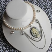 Choker, Cameo with Pearls by dbvictoria
