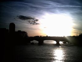 Sunset Over London by sharmz