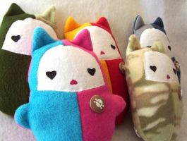 kitty sweets plushies by ladysnowbloodz