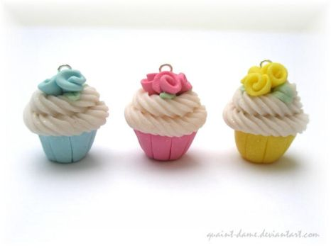 Cupcakes with Roses by quaint-dame