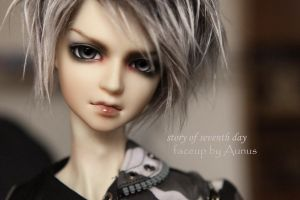 Face up33 by ymglq