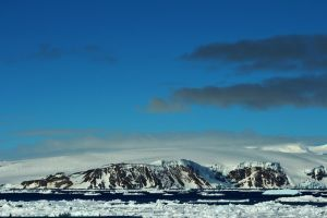 Sunny Antarctic Peninsula by Spectral-Aspen
