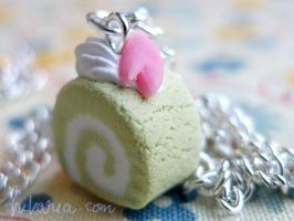 Green tea matcha roll cake by ochamelon
