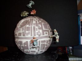 Death Star Cake With Gum Paste by mladymandi