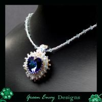 La coeur de la mer modelled by green-envy-designs