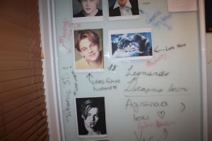 The Leo wall and my friends vandalizing my wallsxD by AEC101