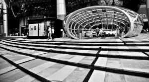 MRT Entrance at Orchard by rioism