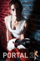 Chell - Portal 2 cosplay by ricominciare
