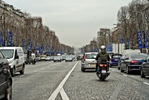 Avenue des Champs Elysees by spinal123