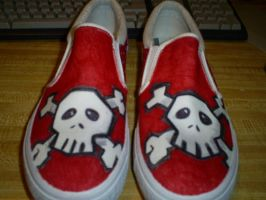 Commissioned cute skull shoes by AruTamashi
