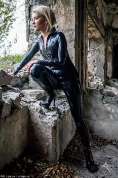 Nataly on the ruins 2 by pnlabs