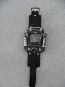Fallout Pipboy watch sized prop by Brashsculptor