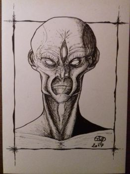 Alien in White and Black. by Tryssya