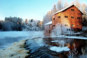 6.1.2016: Old, Abandoned Mill by Suensyan
