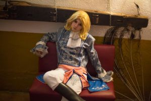 Broken King - Aph France Cosplay by blanelle29