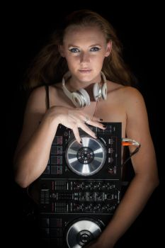 The DJ by Holmes-Photography