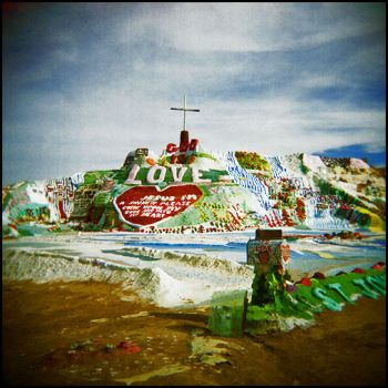 Salvation Mountain 01 by perry