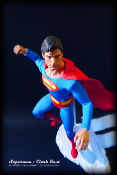 Hot Toys - Superman 4 by jaysquall