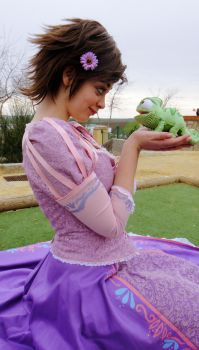 My little and green friend by NinaCosplay
