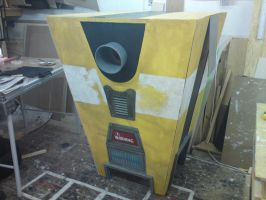 Claptrap Cosplay (Picture 5) by Twin-Gamer