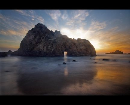 The Arch by Graphylight