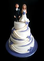 Weddingcake with topper by Naera