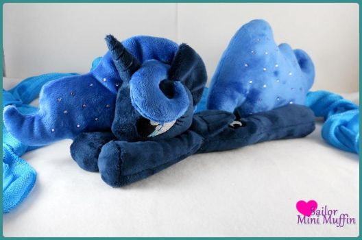 Princess Luna - Commission by SailorMiniMuffin